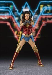 Wonderwoman Cross Arm