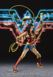 Wonderwoman with rope